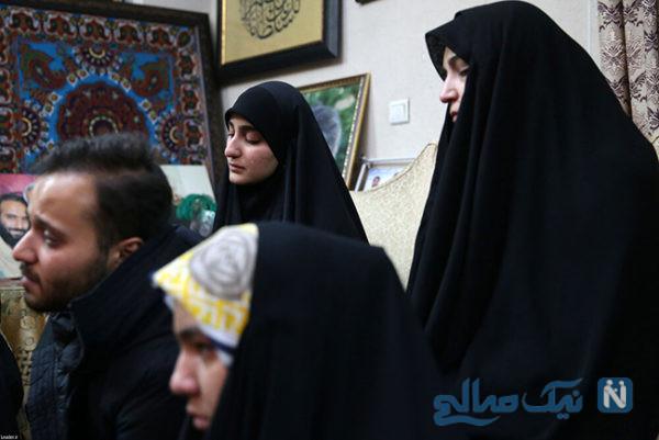 دیدار رهبر انقلاب با همسر و فرزندان سردار سلیمانی