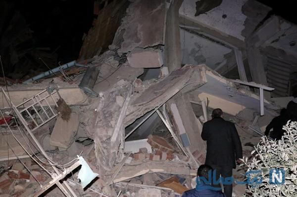 لحظه وقوع زمین لرزه در ترکیه در برنامه زنده تلویزیونی