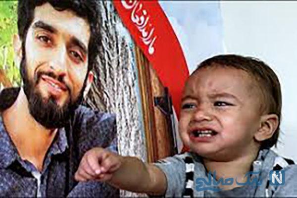فرزند محسن حججی در منزل شهید سردار سلیمانی