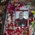 رونمایی با شکوه از سنگ قبر جدید سردار سلیمانی در کرمان