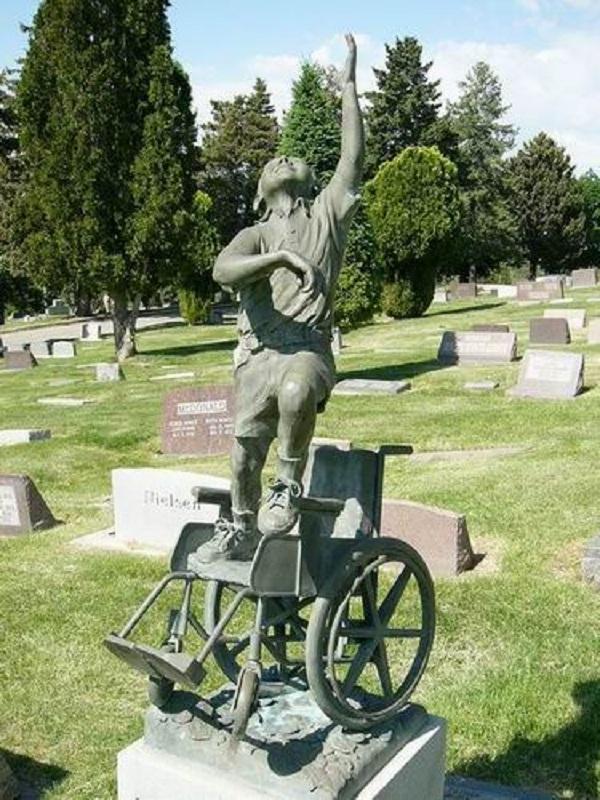 سنگ قبر کودک