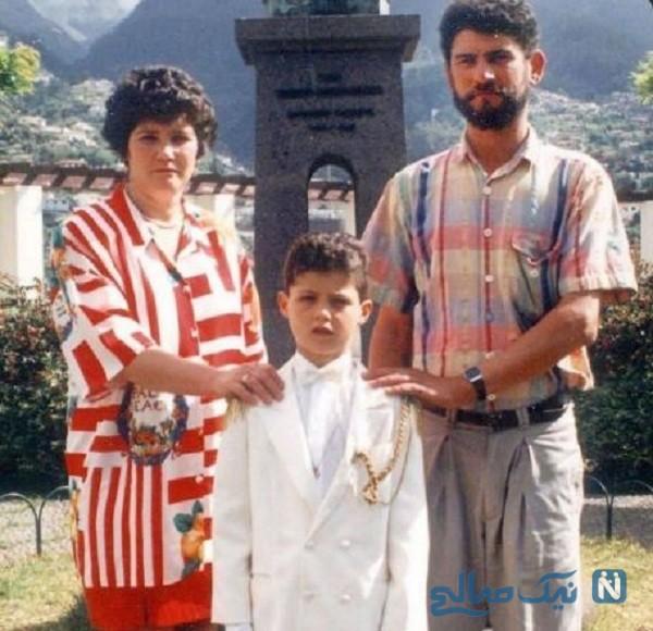 کریس رونالدو و پدر و مادرش