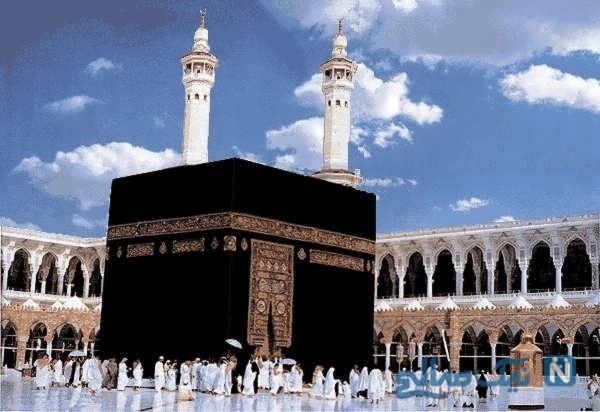 تنها کسی که این روزها مقابل کعبه نماز میخواند چه کسی است؟