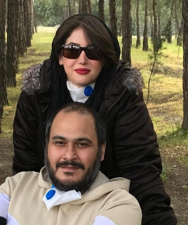 رضا داوودنژاد و همسرش
