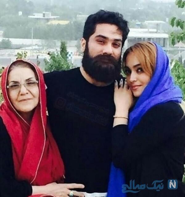 علی زند وکیلی و مادرش درکنار خواهرش