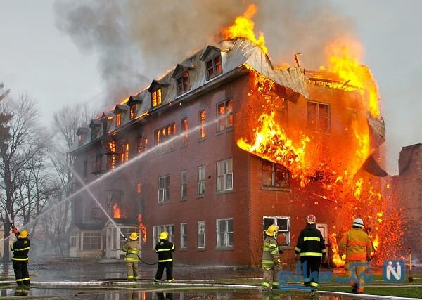 فیلم گرفتن از حوادث و اقدامات لازم هنگام آتش سوزی