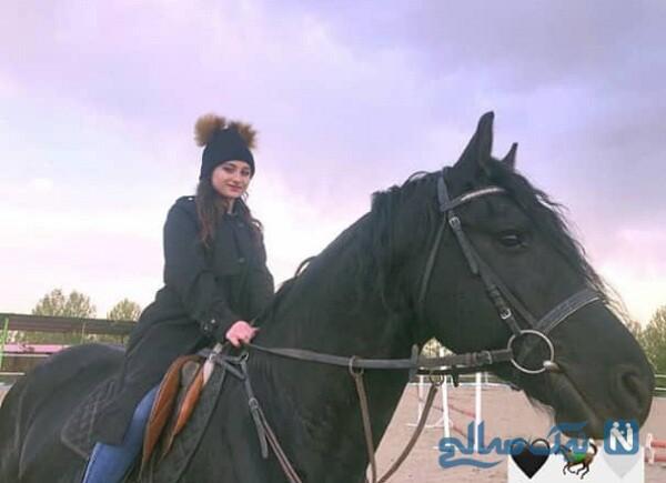 اسب سواری سارا و نیکا فرقانی