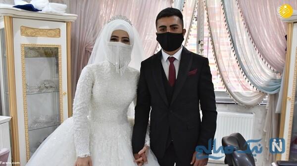 تصویری از ماسک با لباس عروسی