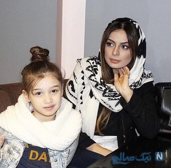 مادر شایلی محمودی و خانم بازیگر درکنار بارانا