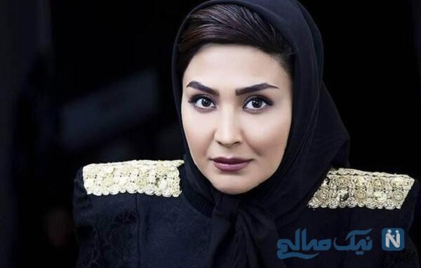 مریم معصومی بازیگر زن با لباس تمام مشکی در رستوران