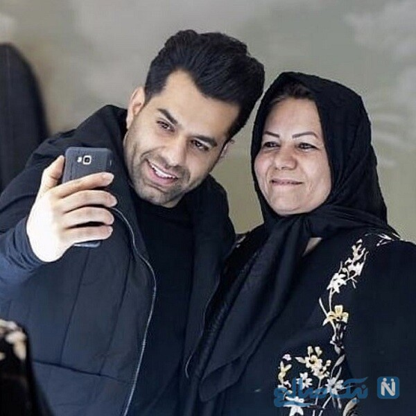 رضا بهرام و مادرش