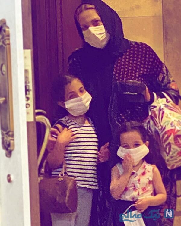 همسر و فرزندان رضا صادقی با ماسک