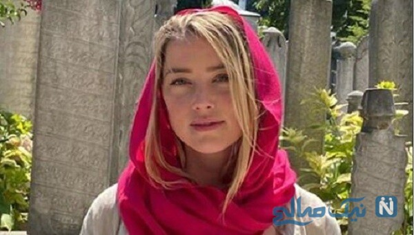لباس نامناسب خانم بازیگر در مسجد