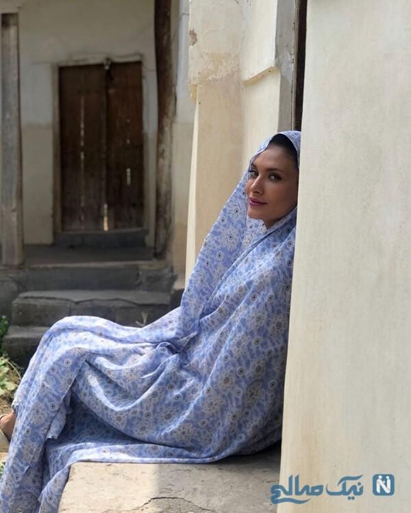 ساناز سعیدی با چادر نماز مادر بزرگش