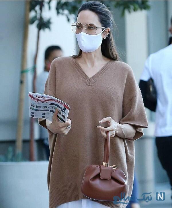 آنجلینا جولی با ماسک