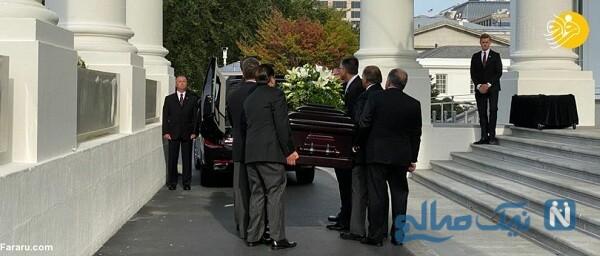 تصاویر ترامپ با خانواده در مراسم خاکسپاری