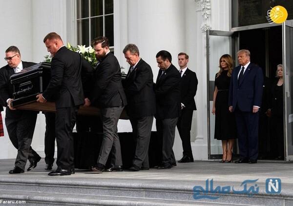 مراسم خاکسپاری رابرت