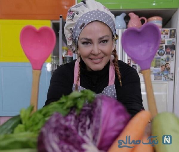 آشپزی کردن بازیگر زن