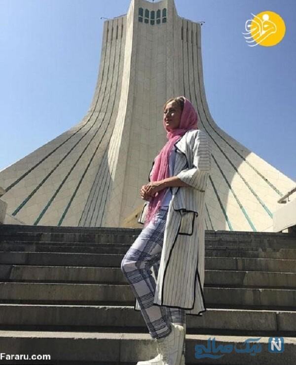 بازیگر هولیا در میدان آزادی