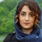 عکس جدید الهام طهموری بازیگر نقش وارش درکنار مادرش