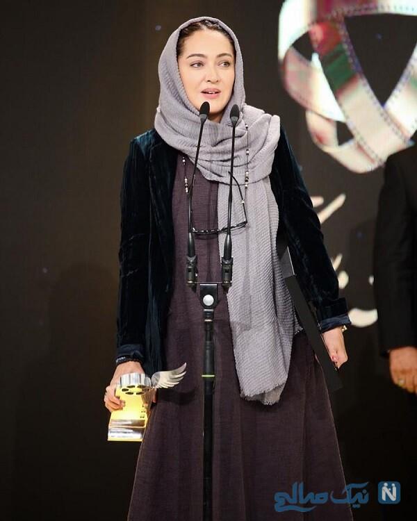 دریافت جایزه بازیگر زن
