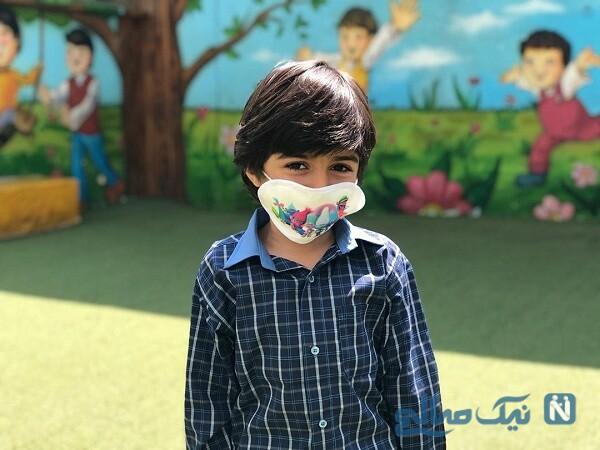 بازیگر خردسال با ماسک