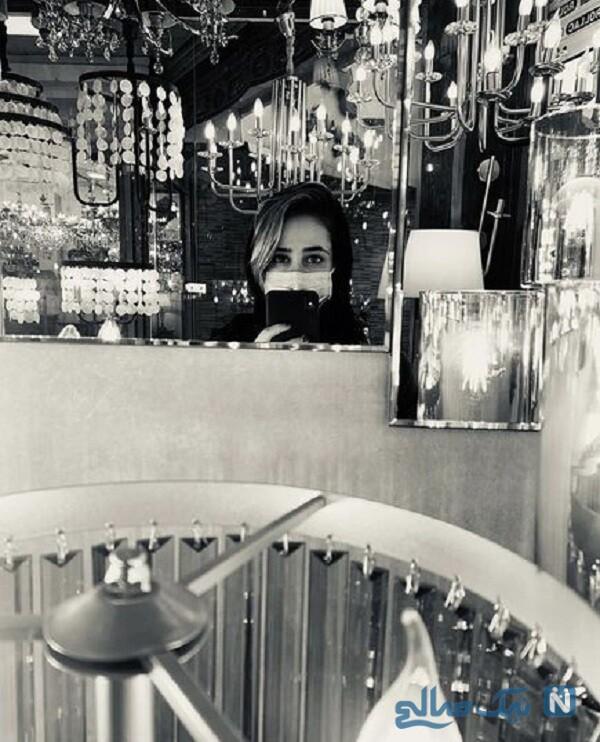 الناز حبیبی در لوستر فروشی لوکس