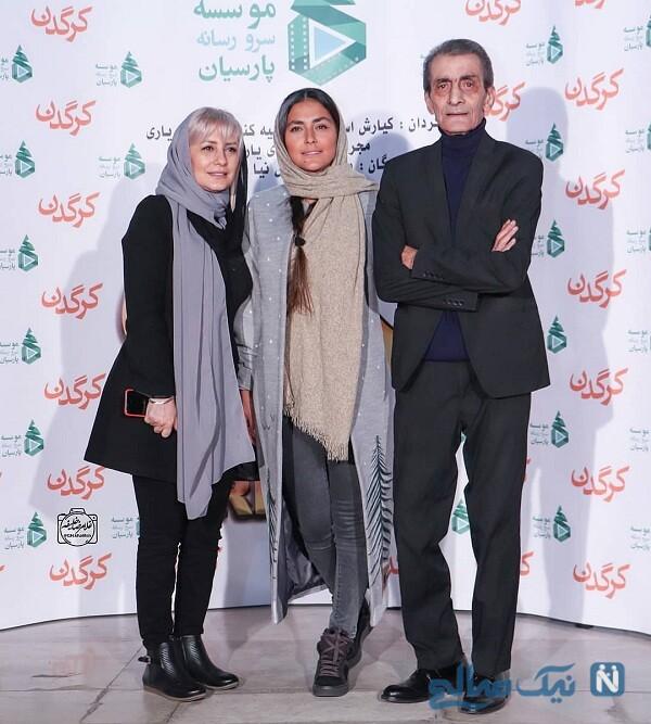 هدی زین العابدین در کنار پدر و خواهرش