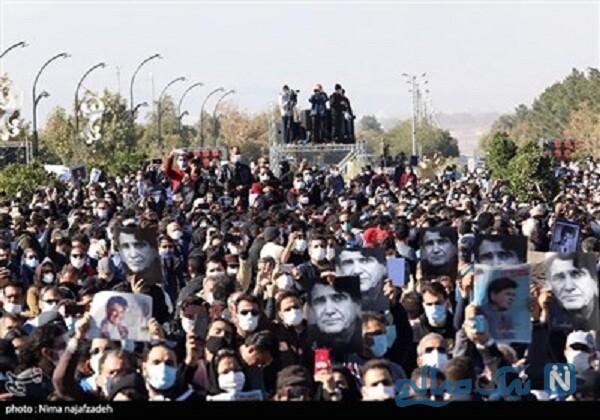 حضور مردم در مراسم تشییع استاد شجریان