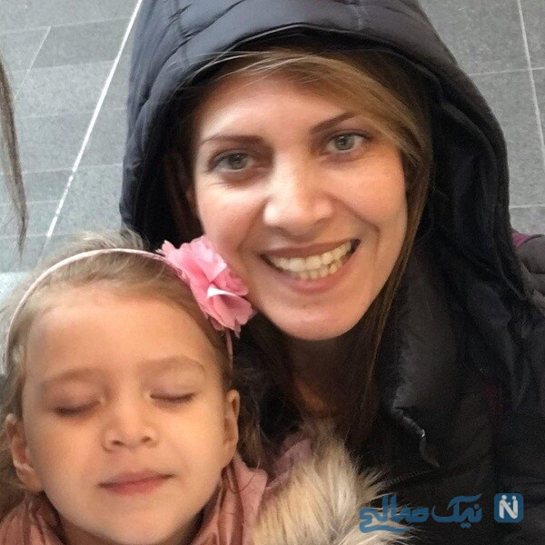 تبریک نیکی کریمی برای تولد خواهرش