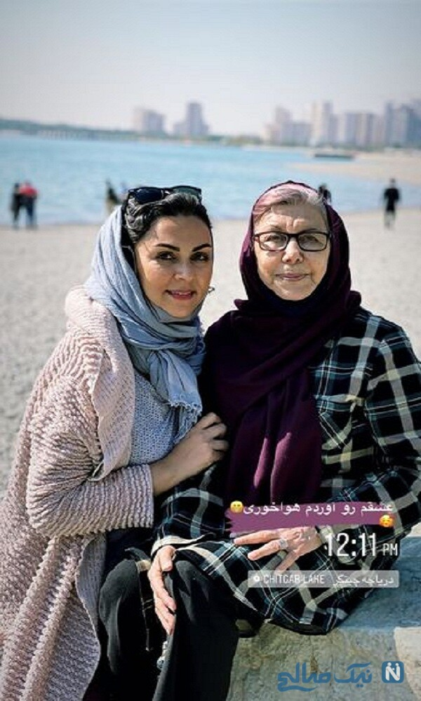 شیوا ابراهیمی و مادرش در سواحل دریا