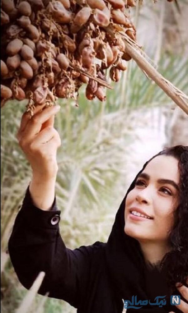 ملیکا شریفی نیا در حال خرما چینی