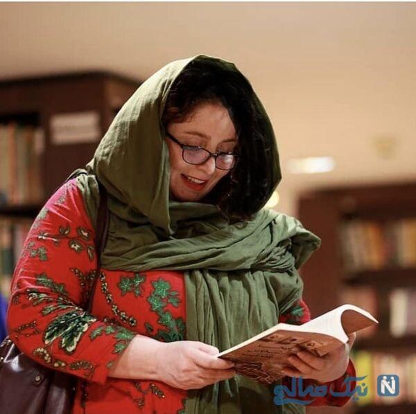 ژاله صامتی در کتابخانه