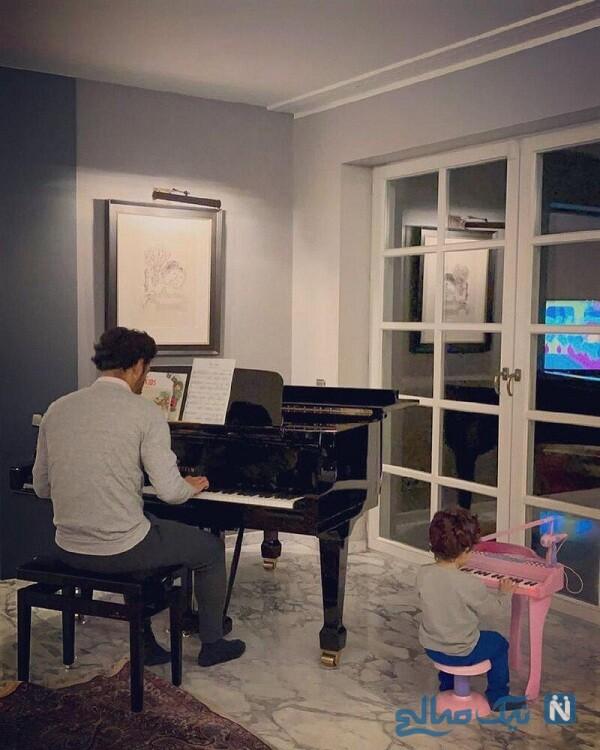 رضا قوچان نژاد و پسرش درحال نواختن پیانو