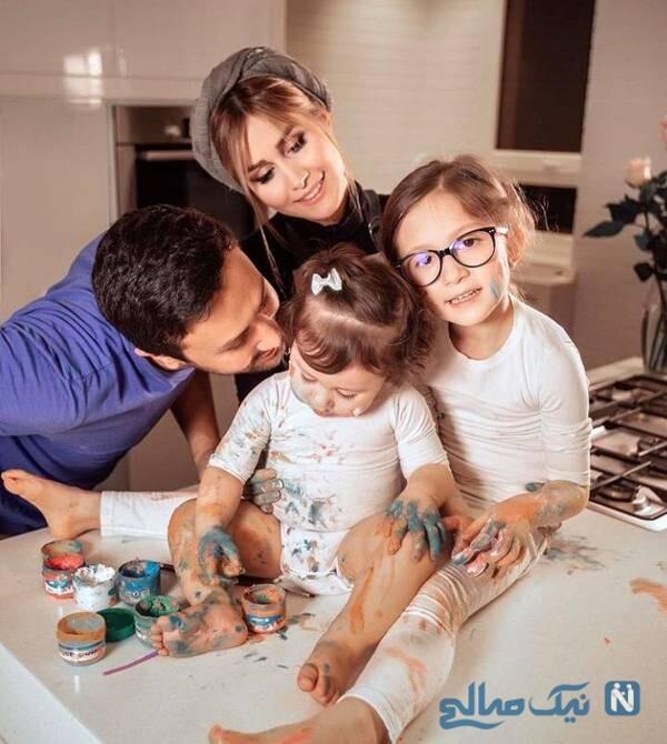 تصویری از شاهرخ استخری و خانواده