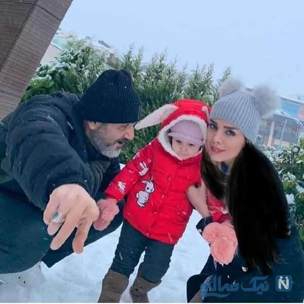 تفریح آقای بازیگر به همراه همسر و دخترش