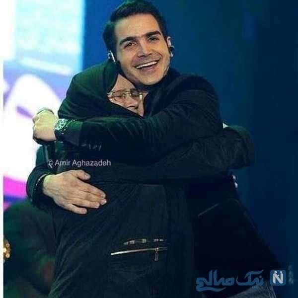 تصویری از محسن یگانه و مادرش در کنسرت