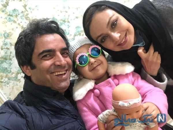 سلفی شاد منوچهر هادی با خانواده اش