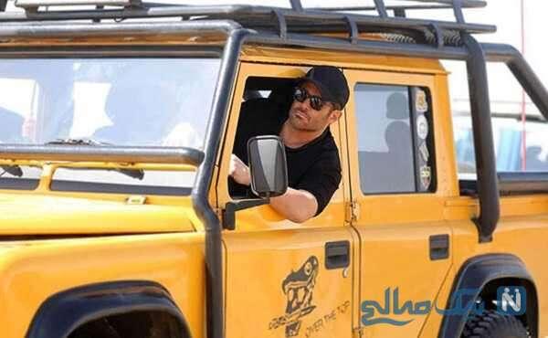 تصویری از محمدرضا گلزار در ماشین