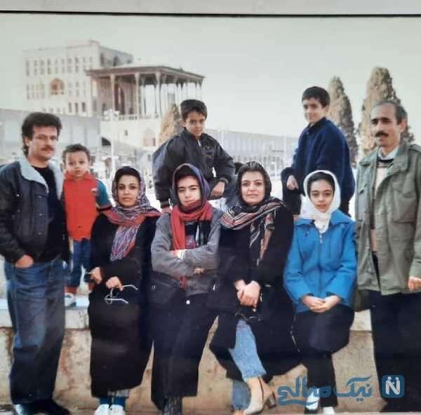یکتا ناصر و خانواده اش در دهه شصت