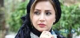 شبنم قلی خانی هنرپیشه معروف کنار مجسمه خاص و عجیب در پارک
