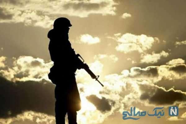 نوازندگی و خوانندگی سرباز ایرانی