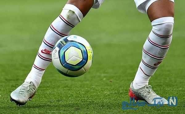 زد و خورد شدید و عجیب بازیکنان در زمین فوتبال بعد از شکست