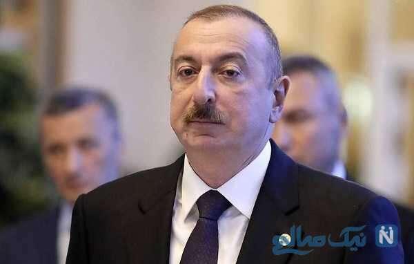 علی اف رئیس جمهور آذربایجان با خانواده اش در مسجد تاریخی شوشا