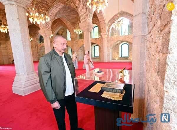 علی اف رئیس جمهور آذربایجان در مسجد شوشا