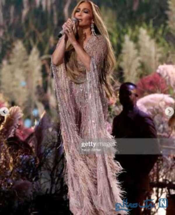 جنیفر لوپز خواننده آمریکایی در لایو کنسرت همبستگی