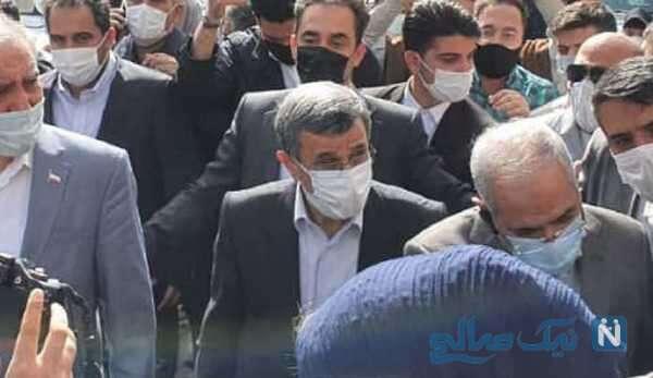 ثبت نام احمدی نژاد در انتخابات ریاست جمهوری