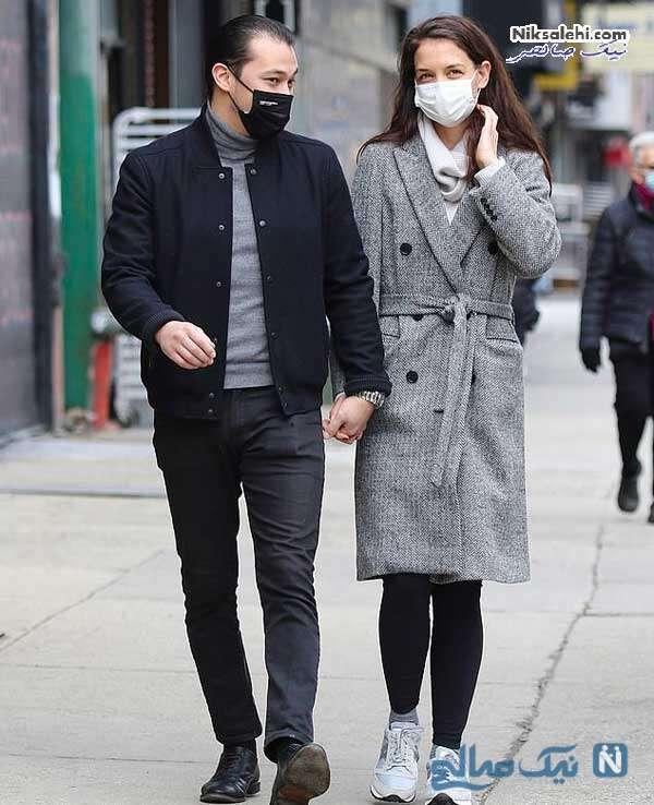 کیتی هولمز و نامزدش