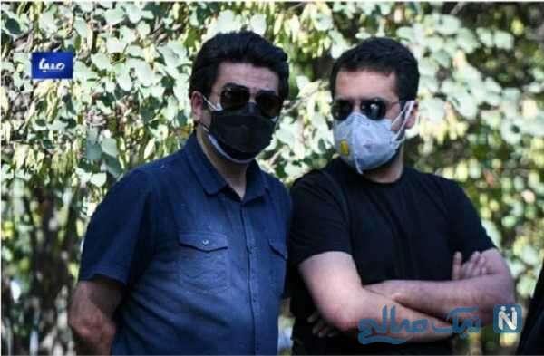 فرزاد حسنی بازیگر ایرانی در مراسم خاکسپاری خبرنگاران ایرنا و ایسنا