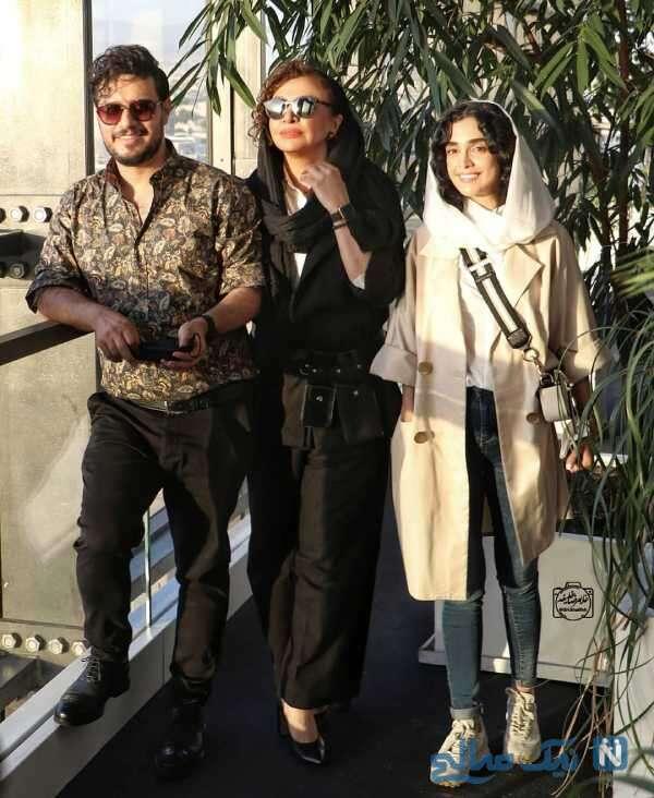 جواد عزتی و همسرش در کنار الهه حصاری